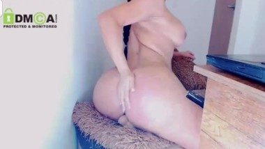 The Best Jiggle Bounce on a Dildo you've ever seen!