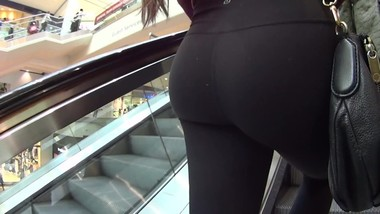 College Girls Yoga Pants Lululemon Ass Uggs Teen 9