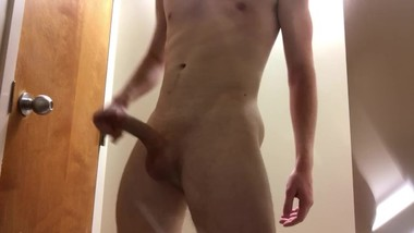 Sexy Teen HUGE CUMSHOT in college bathroom!!! (Ladies Follow Me)