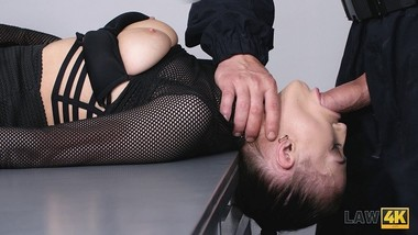 LAW4k. Insatiable bitch Nicole Love services guards instead of her client