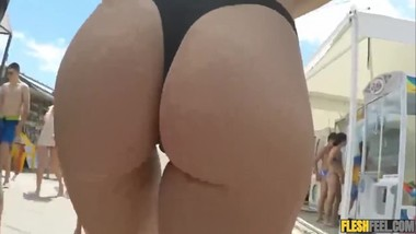 nice ass in bikini walking
