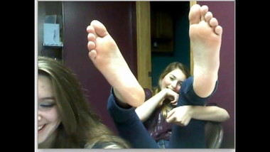 chatroulette girls feet 39