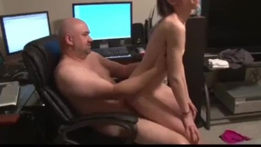 Tiny 18yo stepdaughter likes when her stepdad fucks her tight ass