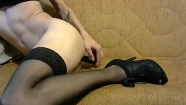 Emmy Elsa Riding Rude Black Dildo