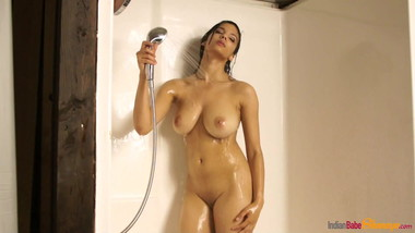 Hot British Indian Teen Babe Shanaya In Shower Sensual Strip