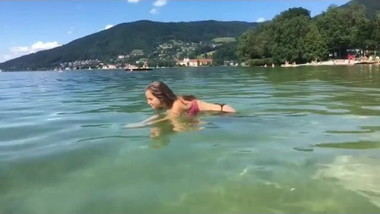 Hot Bikini Teen diving