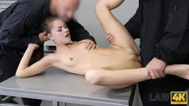 LAW4k. Skinny miss Cindy Shine sells so why she should