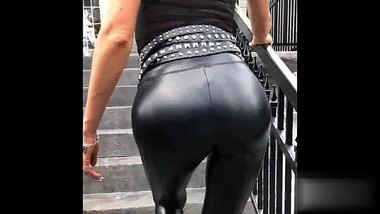 SHINY LEGGINS MARKING THONG LINE
